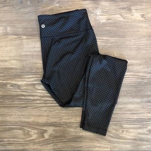 LULULEMON polka dot leggings